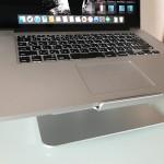 頚椎症の再発が怖いのでMacBook Pro用にノートパソコンスタンドを買いました。