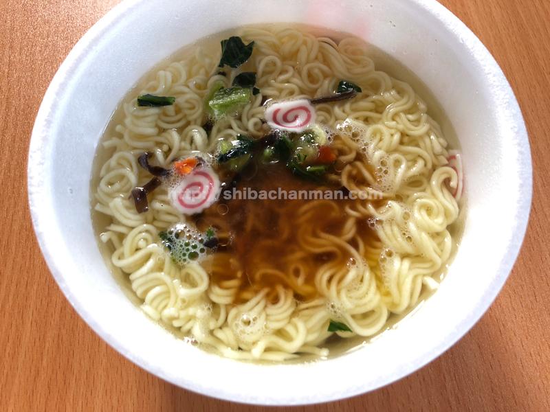 創味シャンタン八宝菜風塩ラーメン スープ
