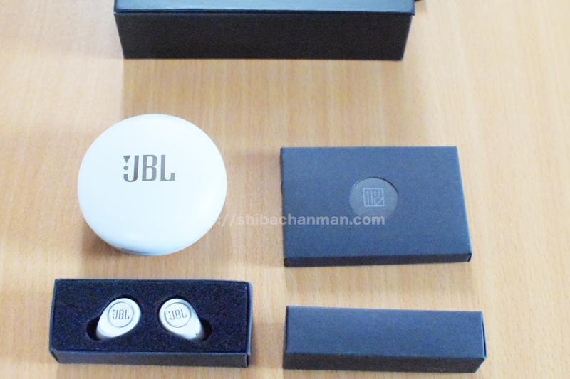 JBL FREE X 同梱品