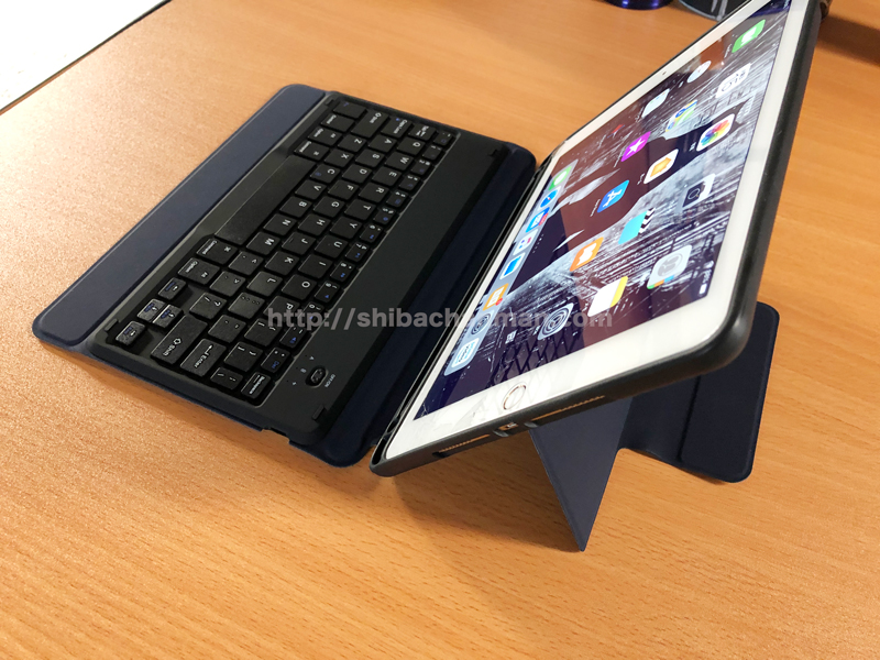 iPad Pro 9.7 ELTDワイヤレスキーボードケース